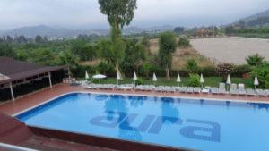 Бассейн в отеле Larissa Blue Resort Kiris