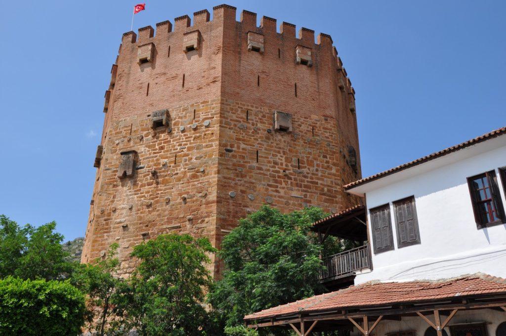 кызыл куле алания